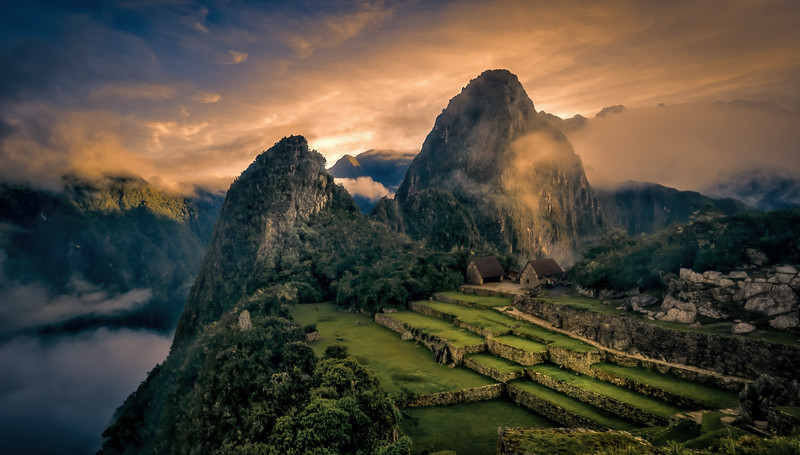 Hauyna Picchu Ahead