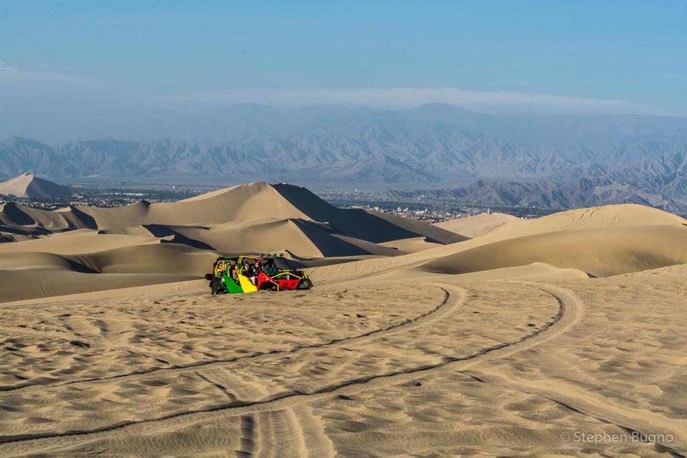 Huacachina sand dunes