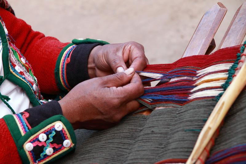 Chinchero 4140<br /> Weaving at a weaving cooperative in Chinchero.