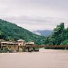Echarate, 25 km for Quillabamba, the bridge over the Urubamba