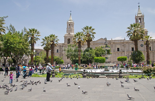 Plaza de Armas with the large Cathedral, made from volcanic sillar stone, in the background, Arequipa, called the white city, Peru