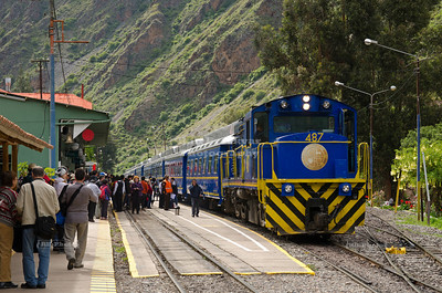 The Perurail vistadome train to Machu Picchu arrives at the train station in Ollantaytambo, Peru