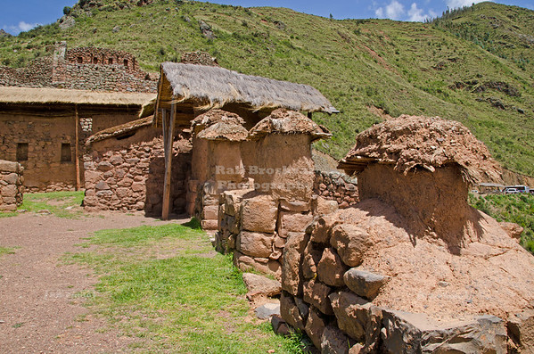 Qanchisracay, a small compound of rough stone buildings at the Inca site of Pisac, Peru