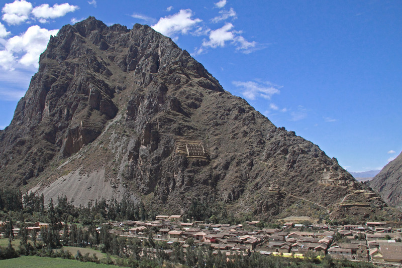 Ollantaytambo 4364<br /> Inca Ruins and Graineries on the side of the Mountain overlooking the village of Ollantaytambo.