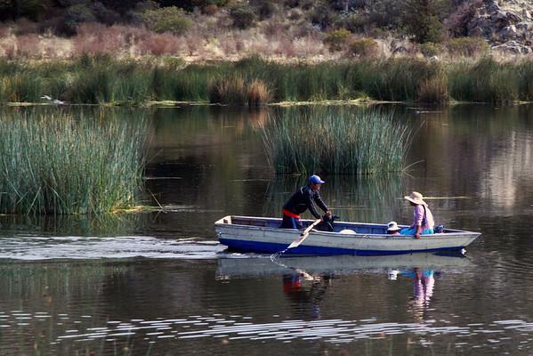 Titticaca 5728<br /> Uros family in boat