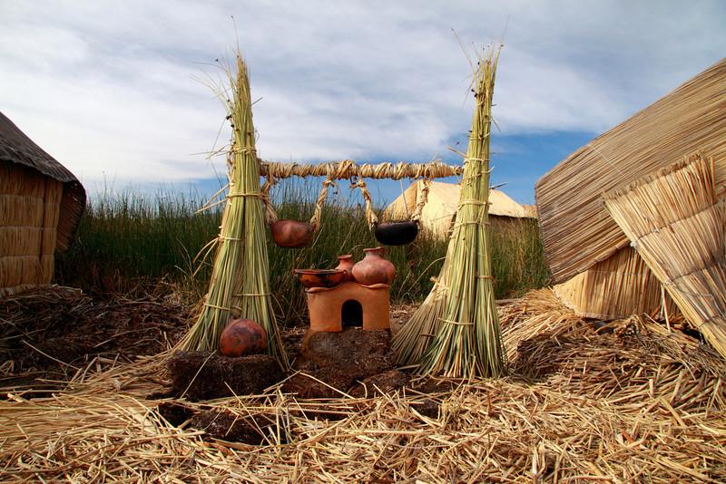 Titticaca 5670<br /> Pots on Uros stove sitting on Khili
