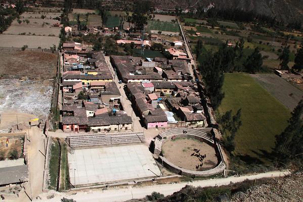 Ollantaytambo 4342<br /> Bullring and houses in Ollantaytambo as seen from Ruins.
