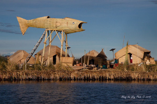 Titicaca 5520<br /> Uros Island lookout tower made from reeds.