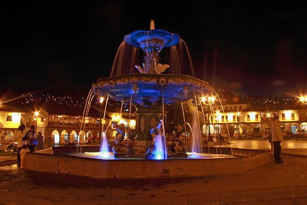 Cusco 3380<br /> Fountain in the center of Plasa de Armas in Cusco.
