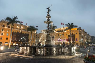 Plaza Mayor Fountain, Lima