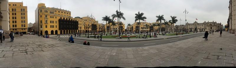 Lima's Main square, Plaza de Armas