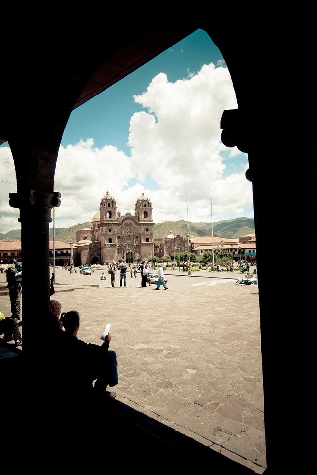 cusco plaza armas window desat