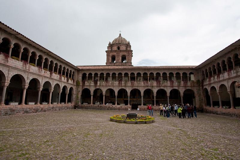 The courtyard in Q'oricancha.