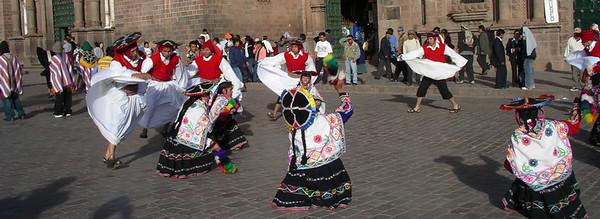 Beautifully dressed dancers.