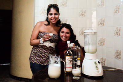 lima susan and I with pisco sour