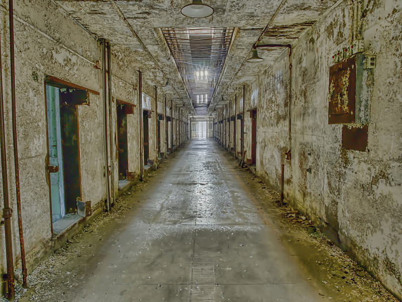 The prison operated from 1829-1971, but today is crumbling and in ruins. In 1994, it was transformed into a museum.