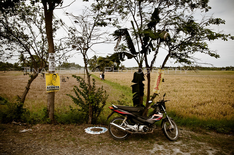 Parking along the Rice Fields..<br /> Kalibo, Aklan<br /> Philippines