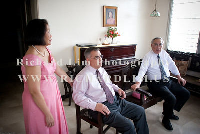My sister, Jane and her husband, Charlie with the father of the groom, Peter Yu Pek Un (Sonny). Just killing time before leaving for the church.