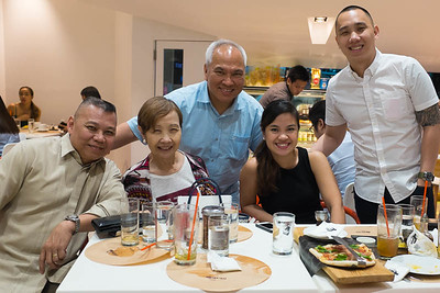 The Saltas.  From my father's side, Kuyang Gerry, is my closest cousin.  It was my first time to actually see him and his family in a more intimate setting.  Kuyang Gerry helped me write my first love letter.  LOL!