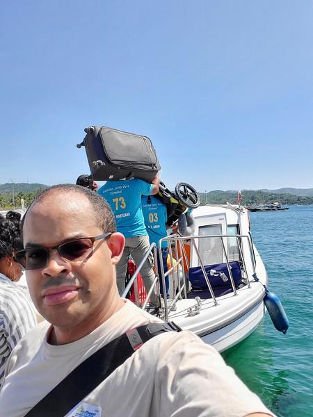 Loading the boat to Boracay