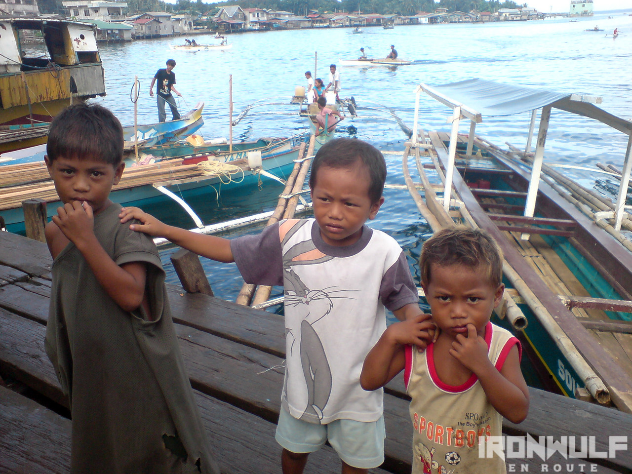 Child beggars at the port