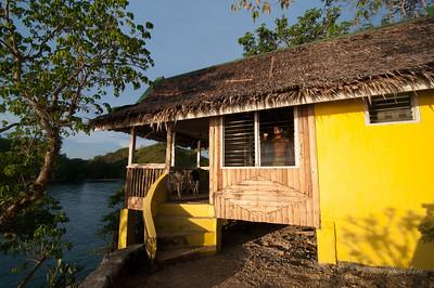 Baras Beach Resort