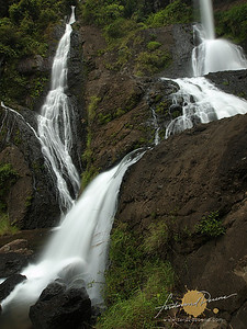 Tap-ew Waterfalls Pongas
