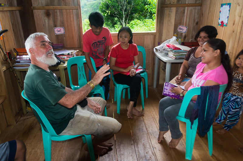 Jesuit priest, Pedro Walpole, debriefs with teachers and staff at Nabago school in the mountains of Bukidnon Provence, Mindanao, Philippines, June 2017. [Bendum 2017-06 076 Bukidnon-Philippines]