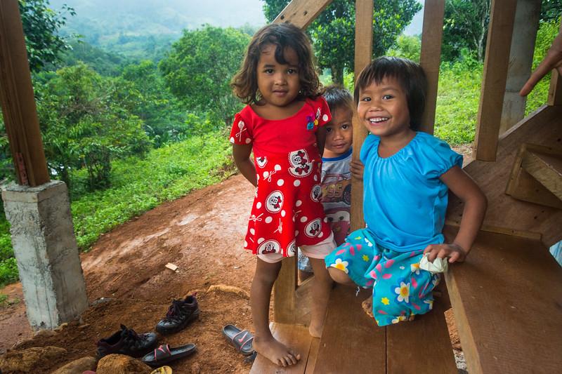 Children of the mountain village of Nabago near Bendum in Mindanao, southern Philippines, June 2017. [Bendum 2017-06 058 Bukidnon-Philippines]