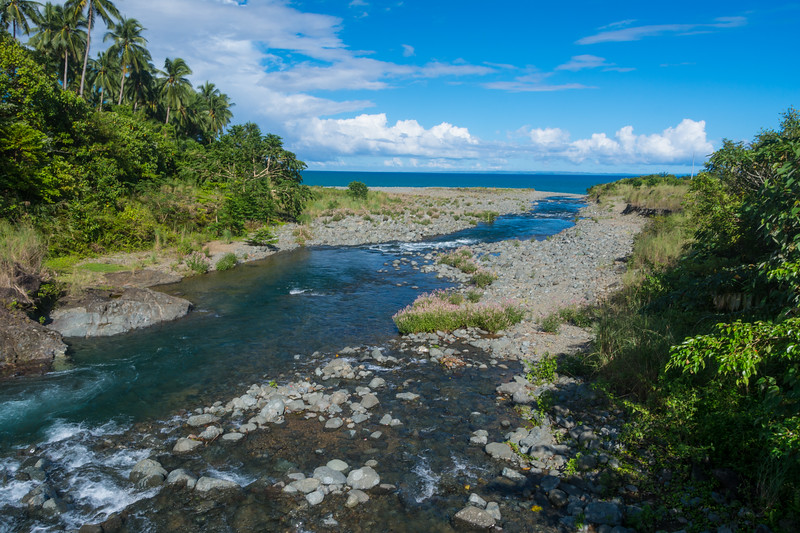 The Dumagat have teamed up with the Indigenous Peoples Study Program of Lyceum of the Philippines University to start and ecotourism project in their beautiful area. Near General Nakar, October 2016. [Dumagat 2016-10 001 Luzon-Philippines]