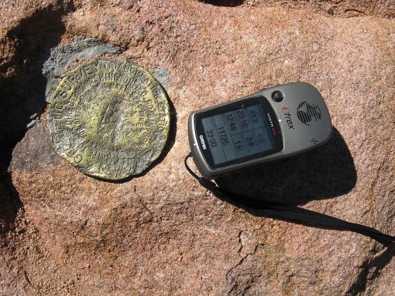 First benchmark. Elevation 11,711 feet. GPS shows 11,725. Pretty darn close!