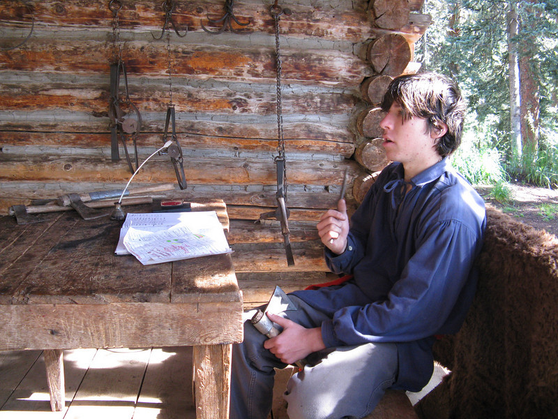 Blackpowder rifle shooting, tomahawk throwing and beaver trapping are the activities available here. They also provided knife sharpening and hair cuts.
