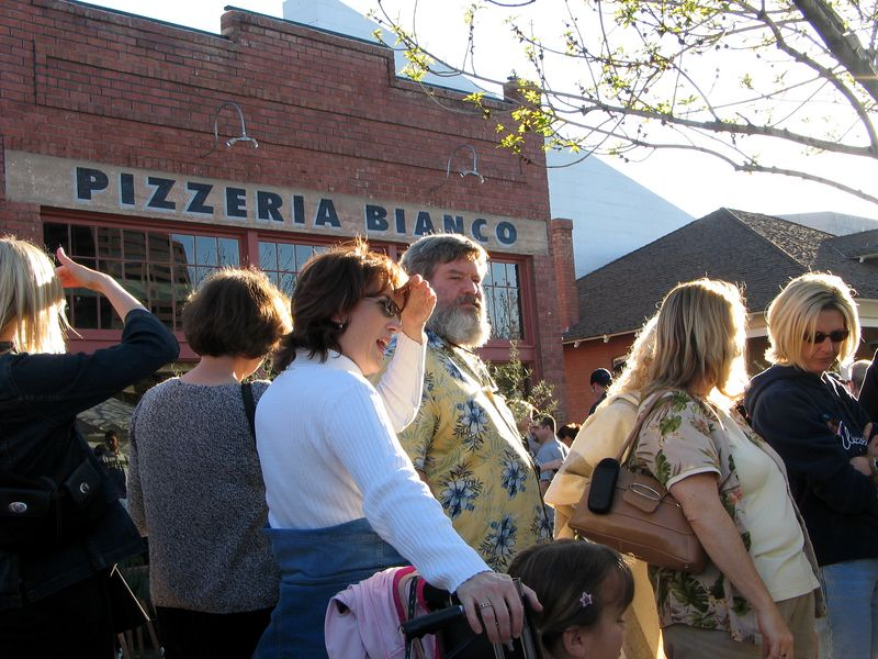 "Pizzeria Bianco (Heritage Square, downtown Phx) - February 2005: Believe or not, it is rated the best pizze in the U.S. (Reference: <a href=""http://www.azcentral.com/ent/dining/articles/0214pizza14-CP.html"">http://www.azcentral.com/ent/dining/articles/0214pizza14-CP.html</a>).  At  least 50 people waiting for the pizzeria to open at 5 p.m."