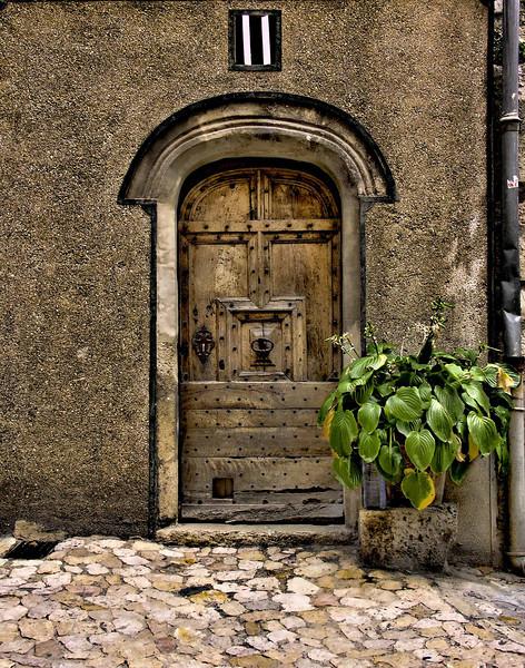 Cottage door, Provence