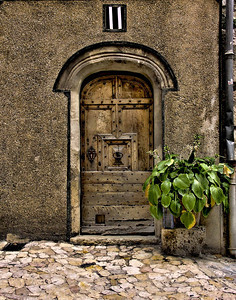Cottage door, Provence