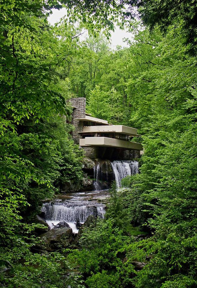 Frank Lloyd Wright's Fallingwater, Mill Run, Pennsylvania