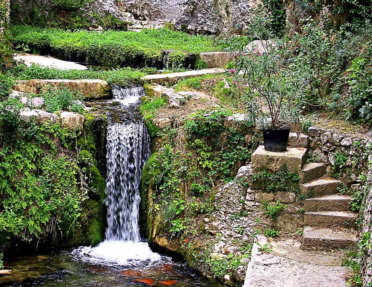 Water, Fountaine-de-Vaucluse, Provence