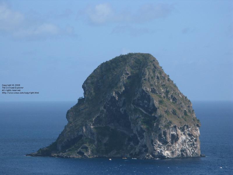 A close up of Diamond Rock. It is <i>huge</i>.