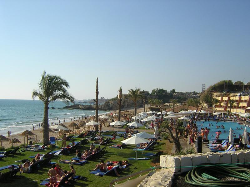 lebanon_beaches_resort1