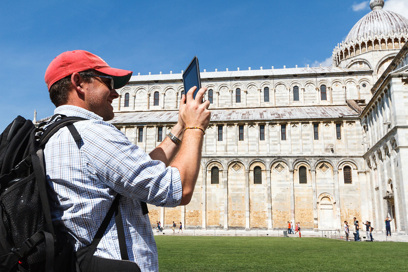 Ein iLemming fotografiert mit seinem Tablet