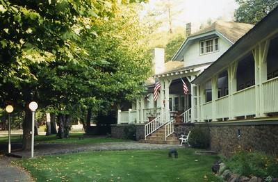 Pit River Lodge0002