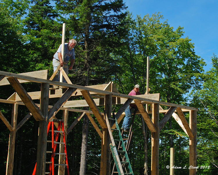 Supports for the ridgepole going up