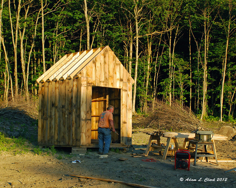 With the pad done, it was time to do a bit more work on the shed