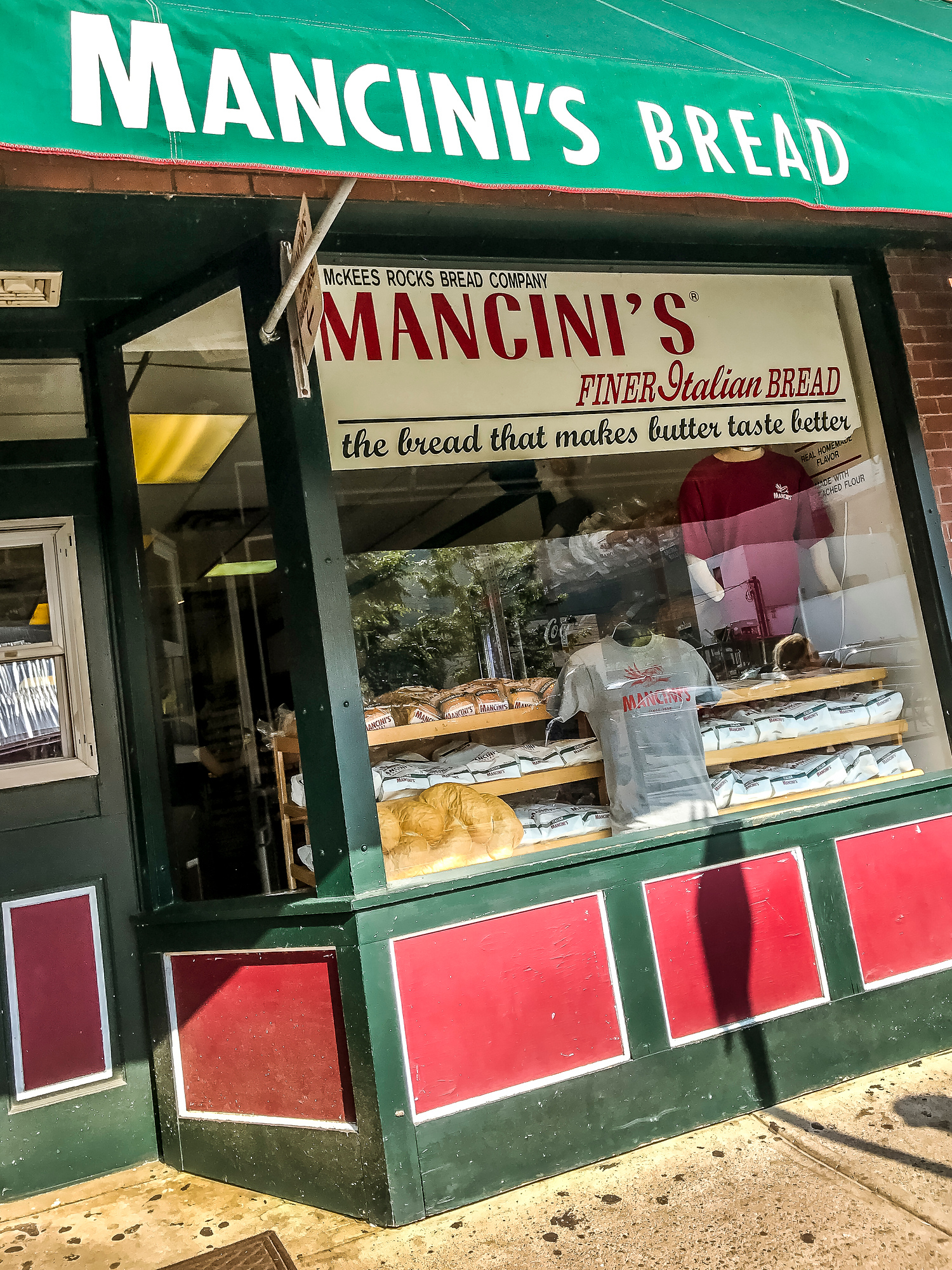 Where to Eat in Pittsburgh: Mancini's bread on the strip is one of the few places that bakes bread from scratch in Pittsburgh.