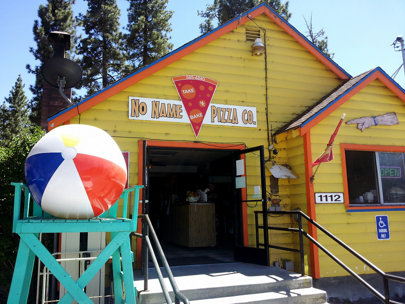 My motivation for finishing the hike was lunch at this local pizza joint that I visit everytime I go to Big Bear.  Simple but Yummy!!