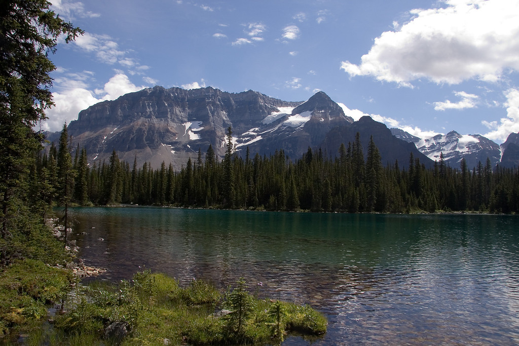 Linda Lake - Yoho National Park - Canada<br /> This is the most perfect lake I've ever seen. I would love to come back one day.