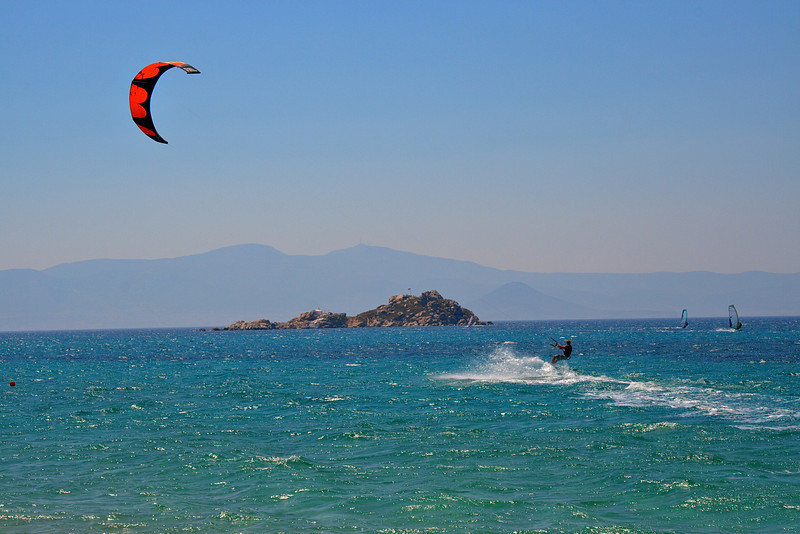 Naxos - Kiting is a popular sport on this amazing island.<br /> This picture is from a popular kiting area near Mikri Vigla
