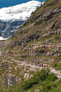 towards Plain of Six Glaciers