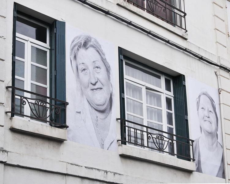 Big Grandmere is watching you.......