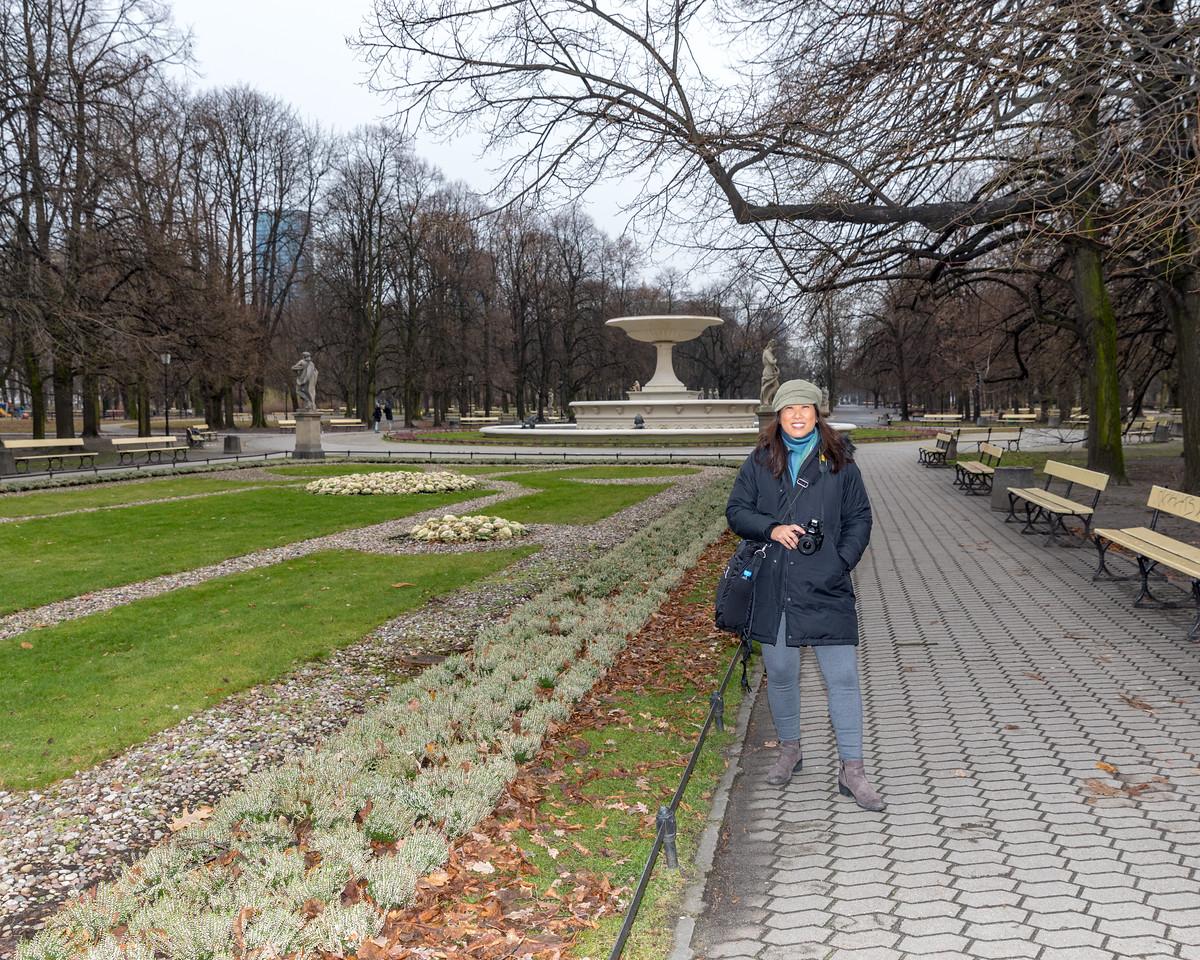 IMG_2002 - Cindy at Park